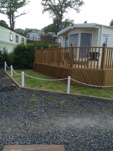 White Post and Chain Fencing for Lawns