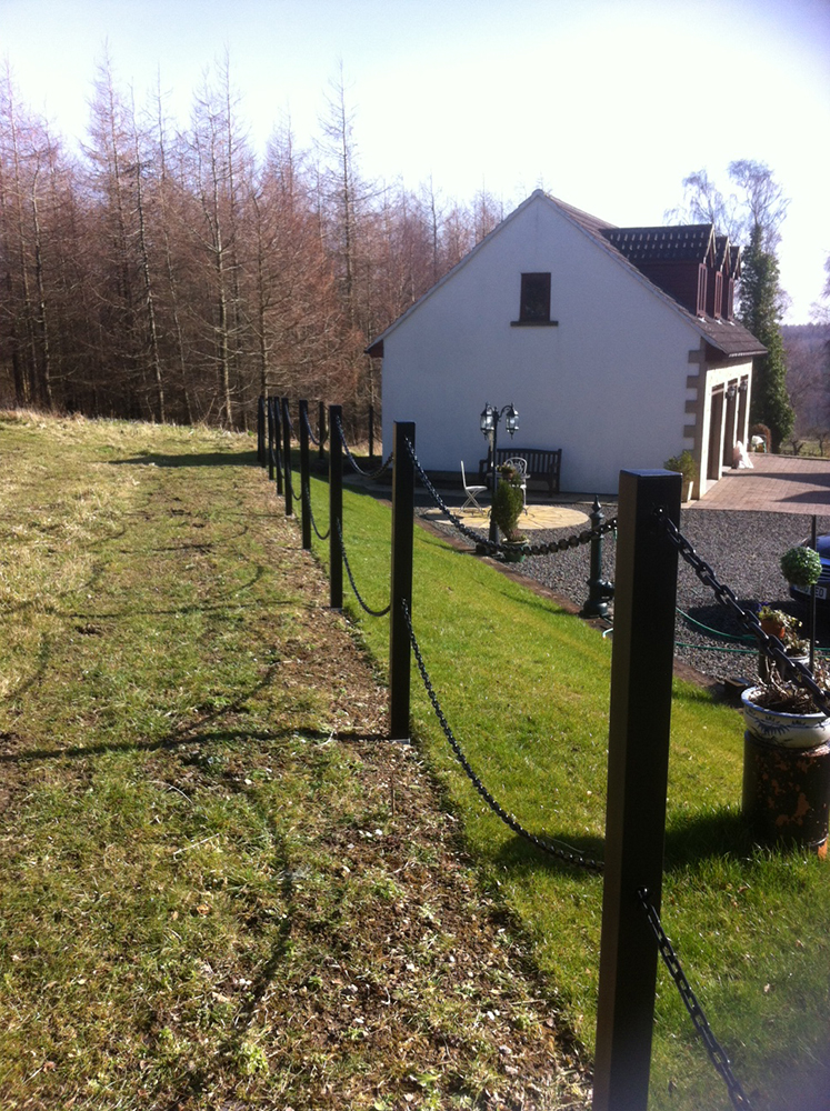 Tall Black Plastic Fence Posts And Chain